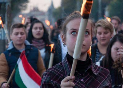 A szabadság napja | fáklyás emlékmenet az 1956-os forradalom és szabadságharc emlékére